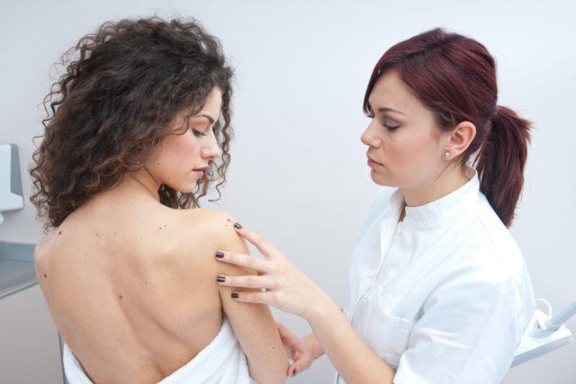 Делает кожные покровы более эластичными, повышает местный иммунитет