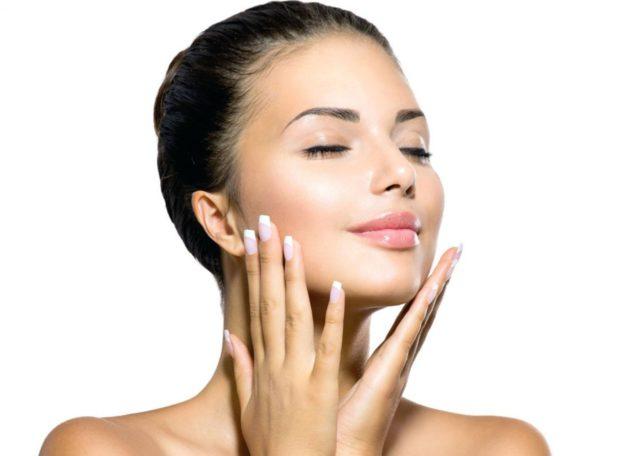 Примечательно, что микроэмульсия может быть использована в качестве ежедневного крема, ведь она содержит все необходимые для здоровья кожи вещества
